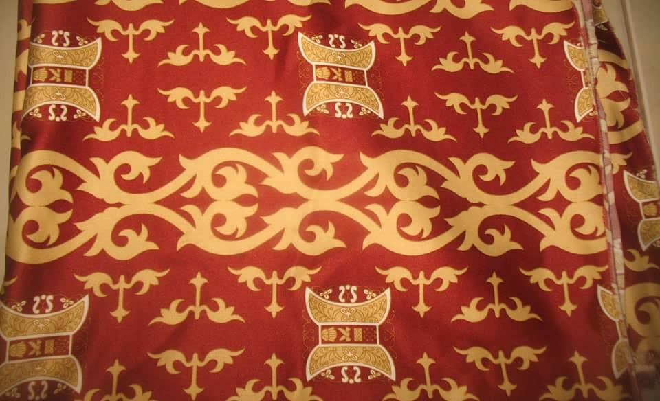 batik aceh dengan warna berani