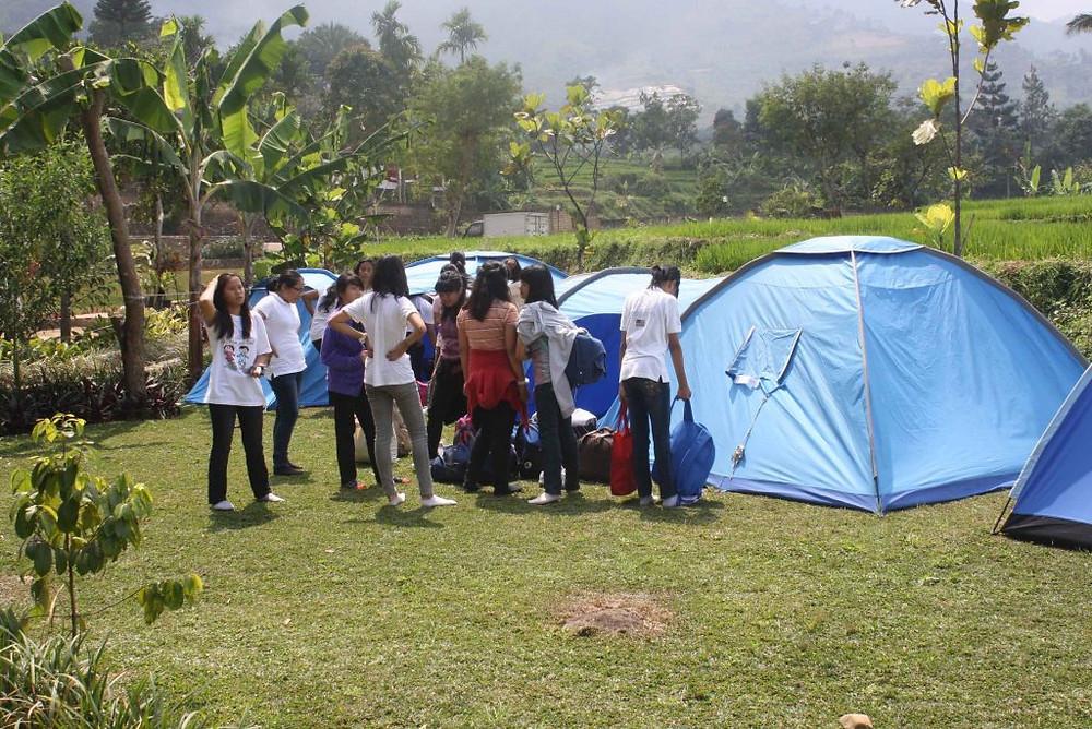 camping seru Citra Alam Riverside Bogor