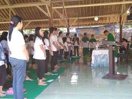 Ibadah Kebaktian Padang Di Wisata Alam