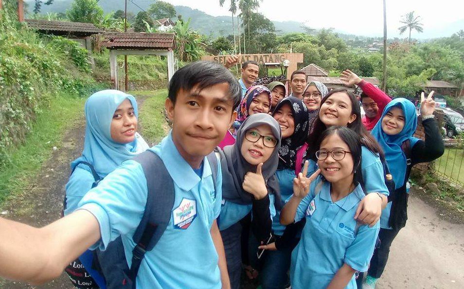foto selfie peserta family gathering primagama