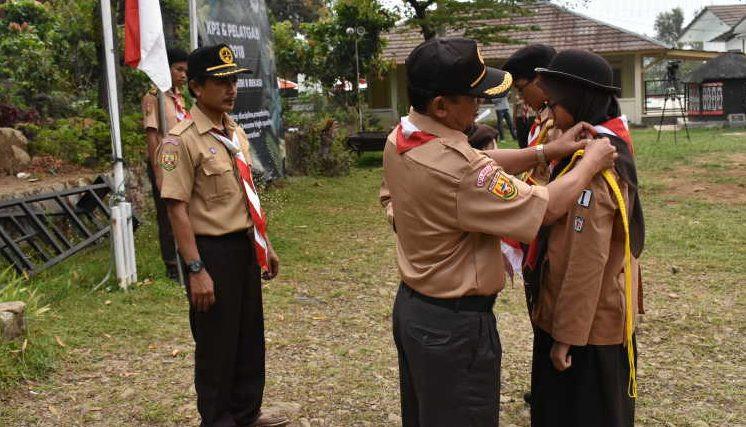 upacara penyematan tanda tingkat pramuka