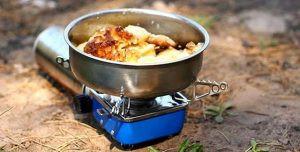 memasak saat camping