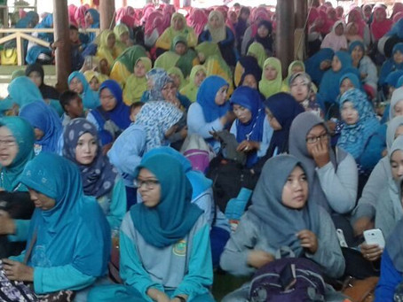 Tradisi Halal Bi Halal Sebagai Media Silaturahmi