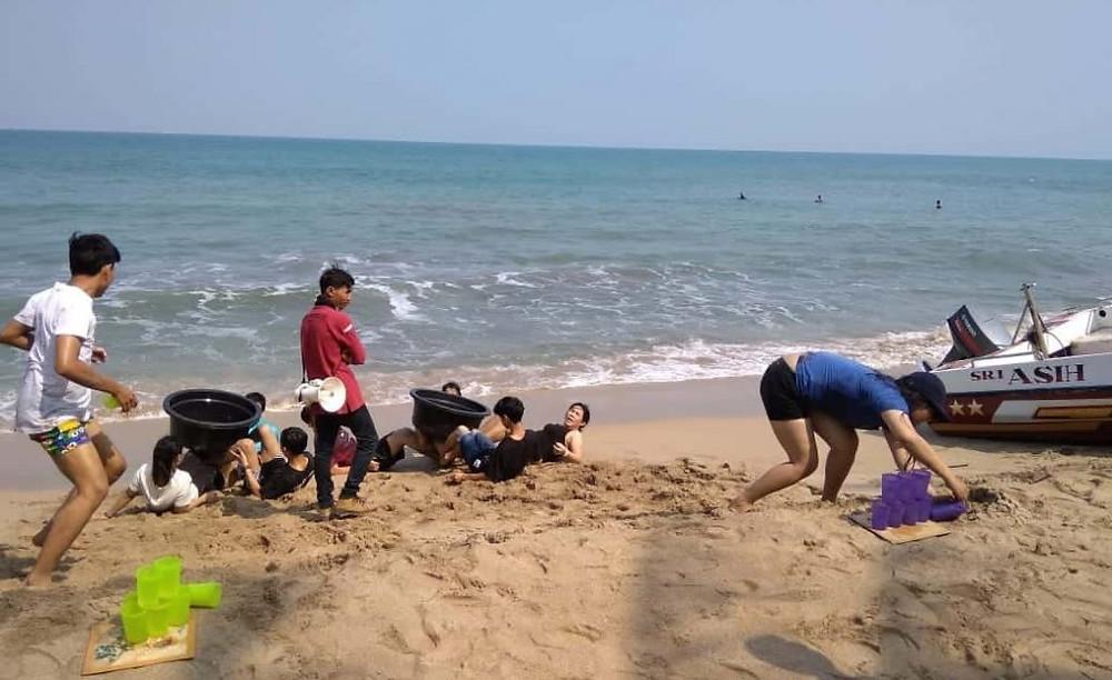 permainan games dragon ball di pantai anyer