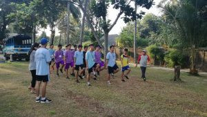 latihan baris berbaris dalam kegiatan LDKS