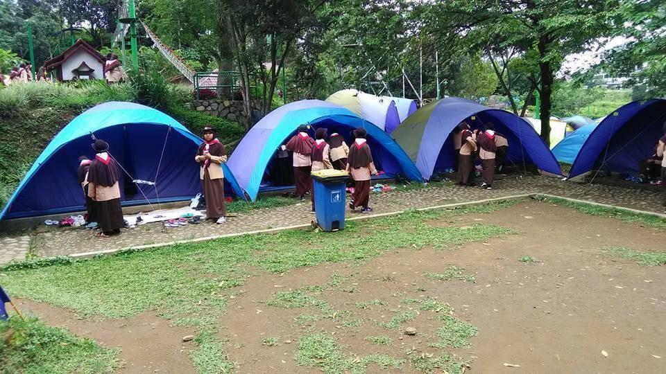 camping di citra alam riverside