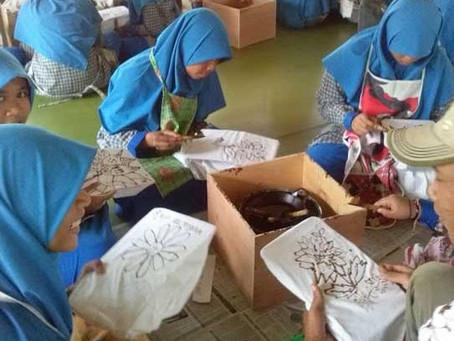 Pengenalan Batik Pada Anak Sebagai Wujud Cinta Budaya Indonesia