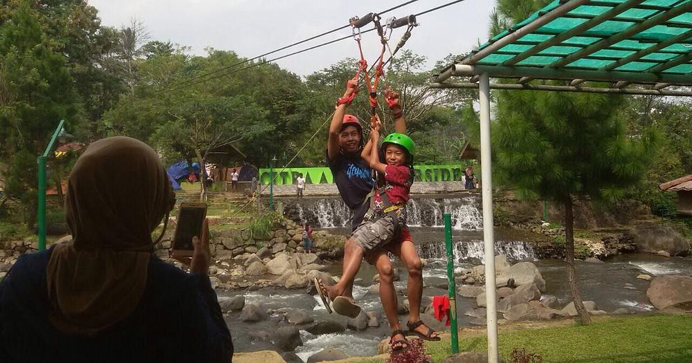 flying fox Citra Alam Riverside