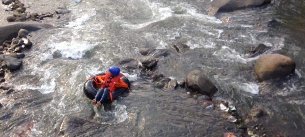 rafting donat sekolah riverside bogor