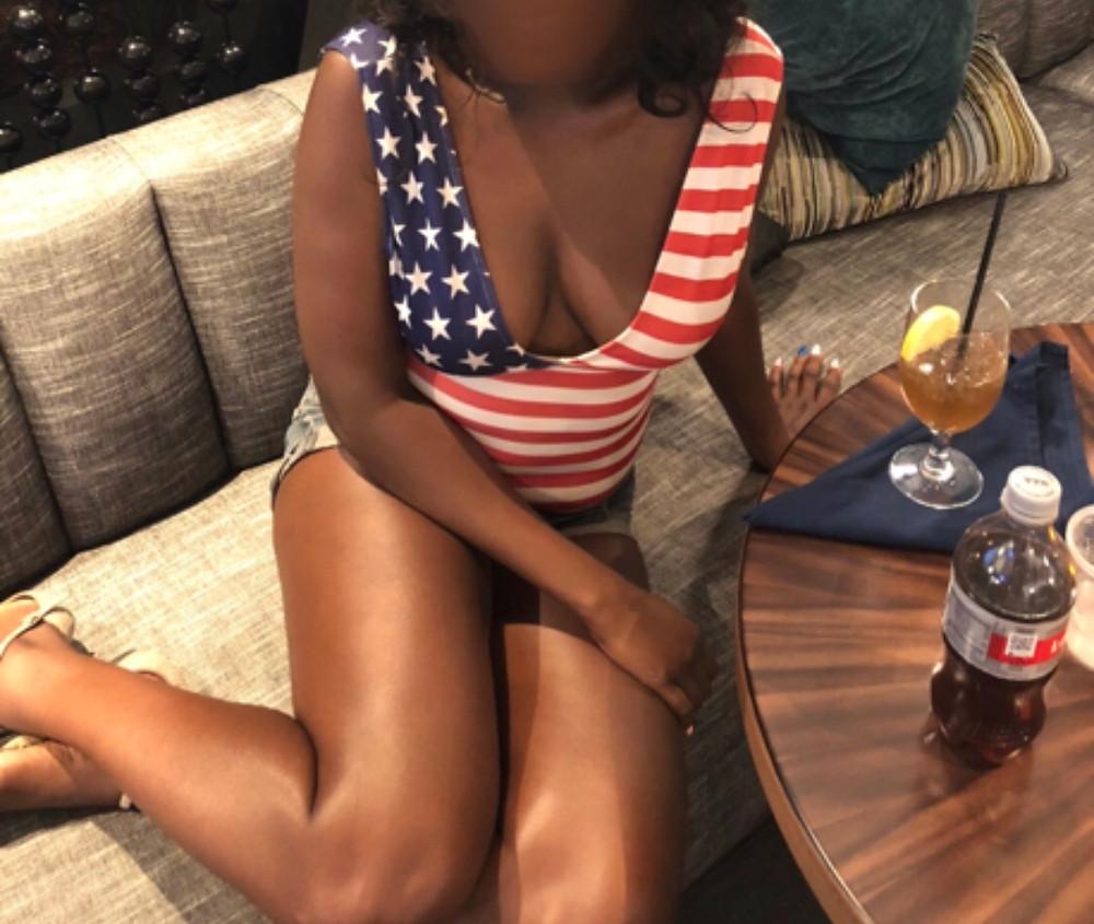 patriotic chicago escort