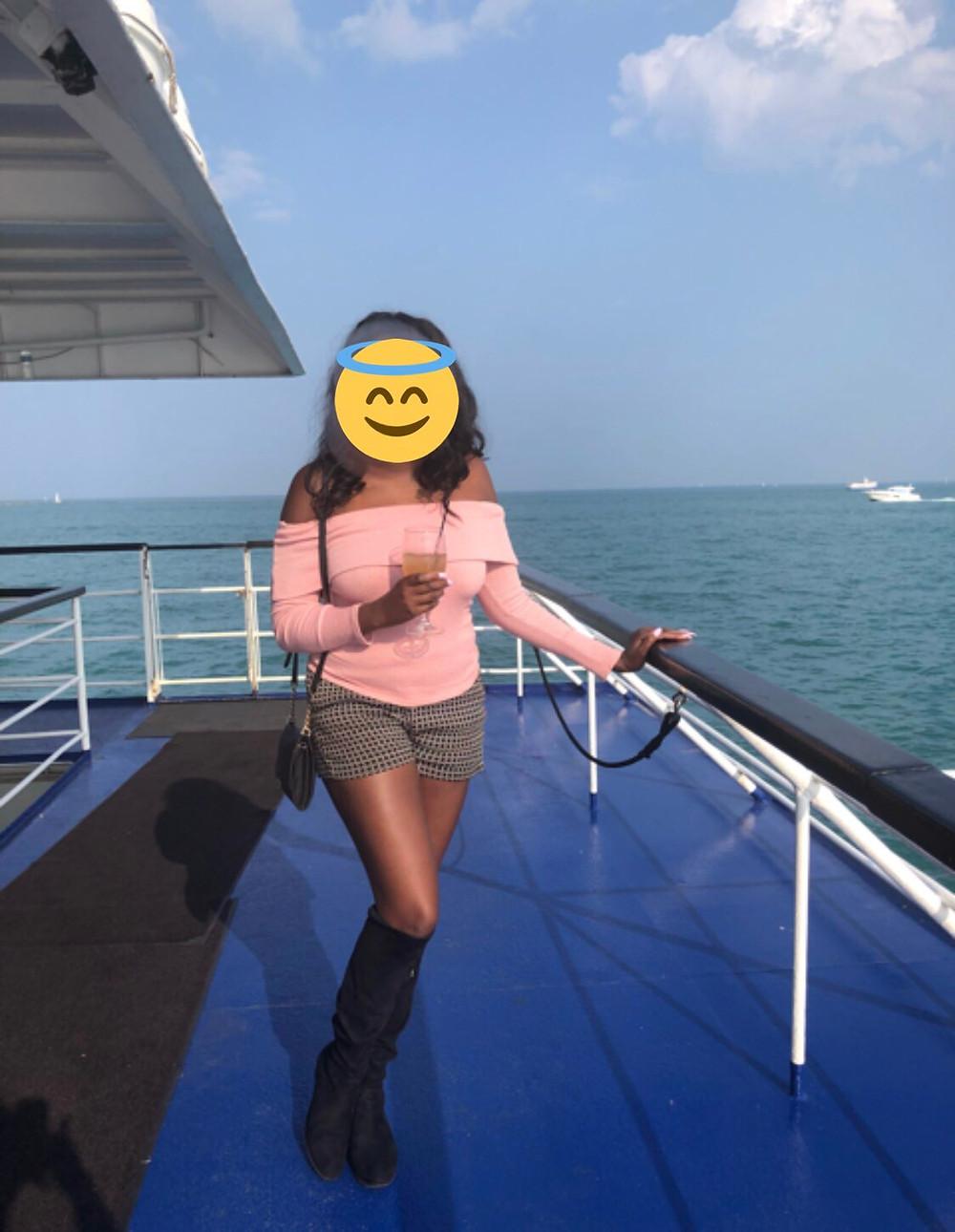 chicago cruise with ebony companion