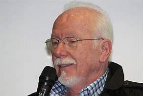 Ein Hemingway am Ball - eine Würdigung zum 80. Geburtstag von Dieter Hochgesand