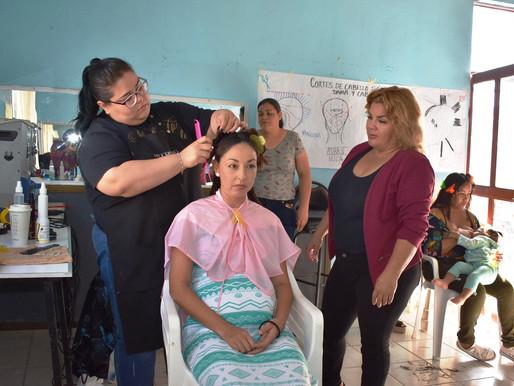Diversos cursos se ofrecen en DIF Pueblo Nuevo