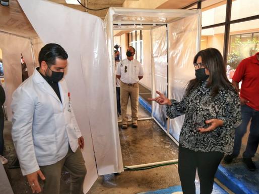 Contribuye Ayuntamiento de Los Cabos con sector salud; entrega carpas de sanitización al IMSS  y Hos