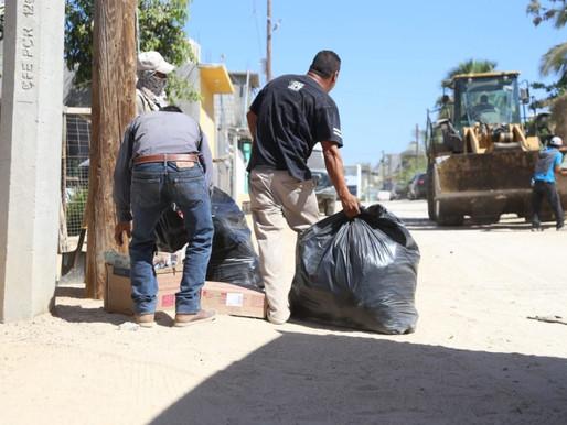 ¡Protege tu salud! No deposites basura en la vía pública