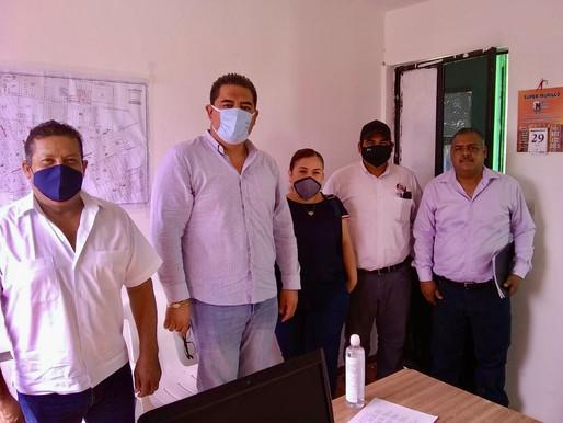 Anselmo Mendoza Morales visita las instalaciones de Servicios Públicos.