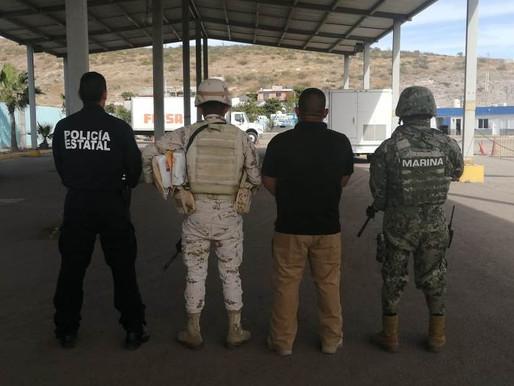 DETECTAN Y ASEGURAN PEP, SEMAR Y SEDENA, CUATRO PAQUETES CON PRESUNTA DROGA EN PUERTO PICHILINGUE