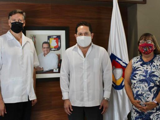 SE REÚNEN SECRETARIO DE TURISMO Y EMBAJADOR DE ESTADOS UNIDOS EN MÉXICO