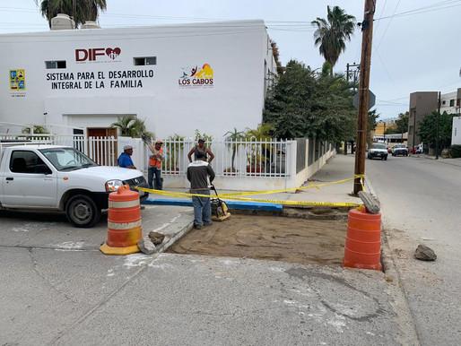 Gobierno de Los Cabos construyendo de manera firme; sigue el programa Bacheo en todo el Municipio: d