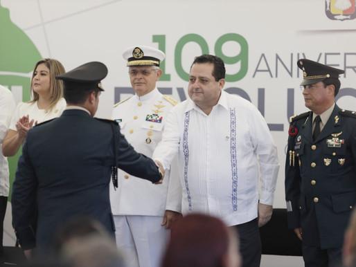 ENCABEZA GOBERNADOR CEREMONIA Y DESFILE POR EL 109 ANIVERSARIO DEL INICIO DE LA REVOLUCIÓN MEXICANA