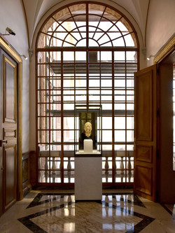 BXB-1---Portrait-Sculture-of-Prince-Albert---Galerie-des-Glaces---Princely-Palace,-Monaco_edited