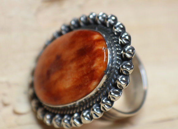 Gorgeous Spiny Oyster Ring