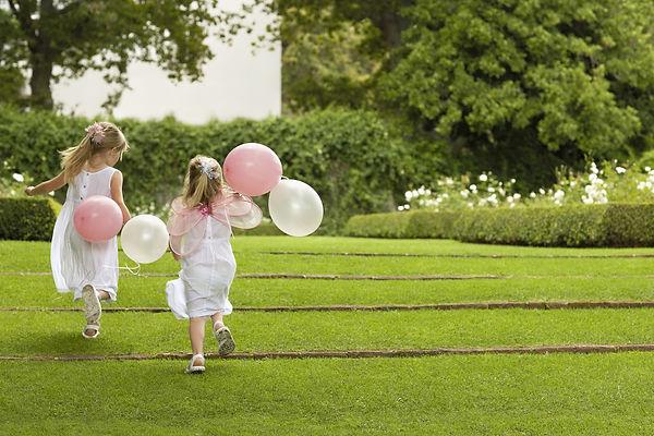 ballon running.jpg