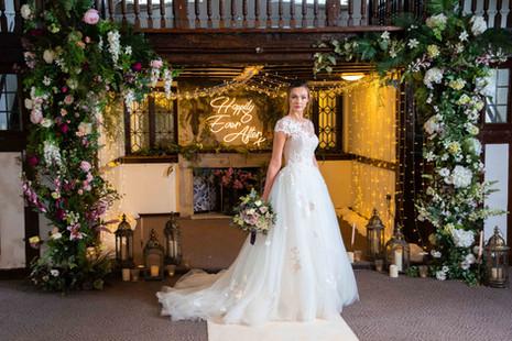 Burford Bridge Wedding Flowers