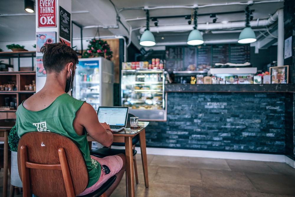 WiFi Marketing: Bagaimana Cara Membangun Koneksi yang Kuat Dengan Pelanggan Anda? | Wificolony