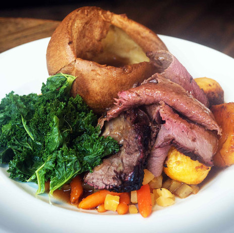 Thornhill Arms Pub Sunday Roast