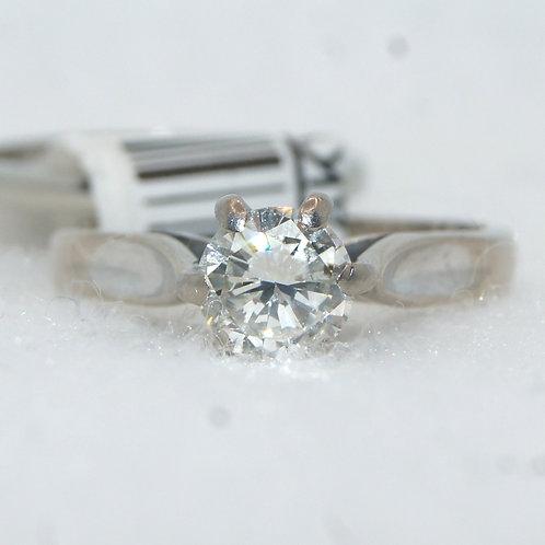 Women's Round Engagement Ring