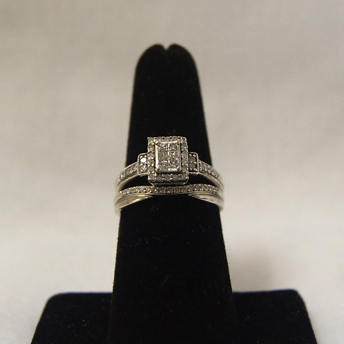 Women's Princess Cut Invisible Set Diamond Ring