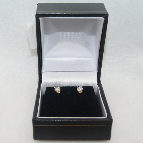 Yellow Gold Round Cut Diamond Earrings