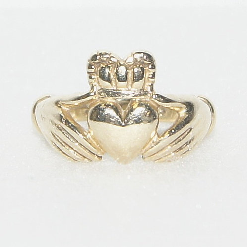 Women's Claddagh Ring