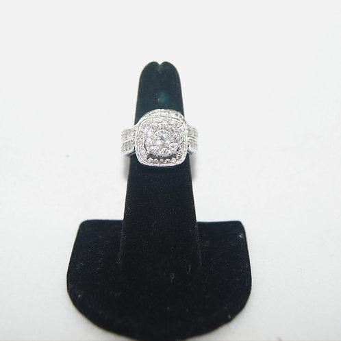 Women's Diamond Engagement Bridal Set