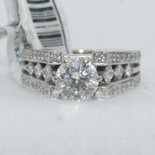 Women's Engagement Ring