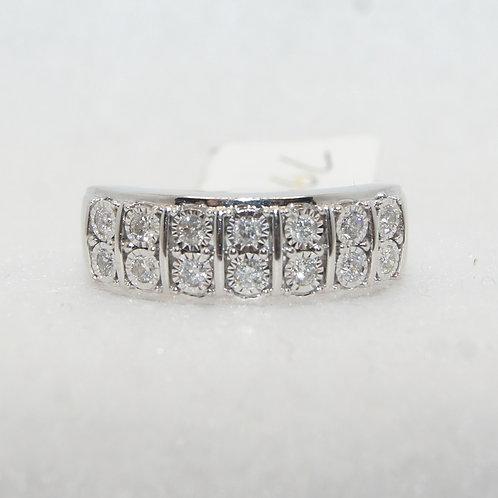 Women's Diamond Ring