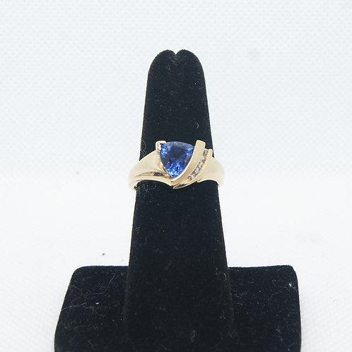 Women's Tanzanite & Diamond Ring