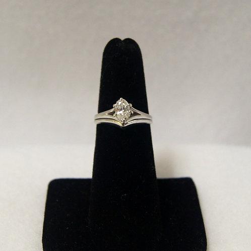 Women's Oval Diamond Wedding Ring