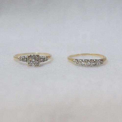 Women's Round Cut Diamond Ring Set