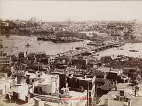 Vue panoramique de Constantinople et le pont de Galata. 1890s