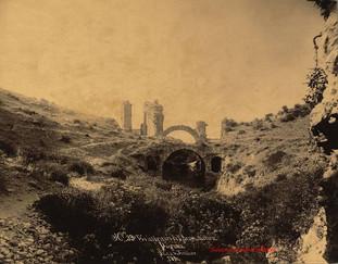 Vue interieure de l'Amphitheatre. Pergame 39. 1890s