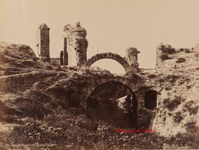 Vue interieure de l'Aphitheatre. Pergame 40. 1890
