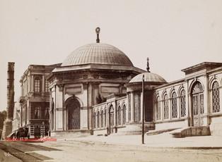 Tombeau du Sultan Mahmoud 146. 1885