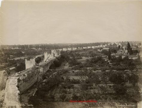Vue generale des Sept Tours 85. 1890s