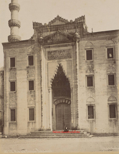 Porte de la mosquee Suleymanie 171. 1880s