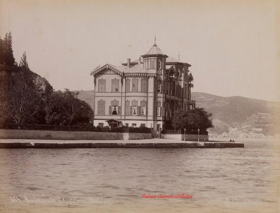 Ambassade d'Angleterre. Bosphore 384. 1890s