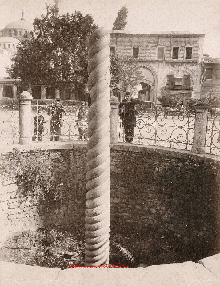 Colonne Serpentine 159. 1880s