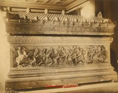 Sarcophage dit d'Alexandre 10. 1900s