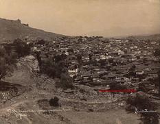 Vue de la ville et l'Acropole, prise du theatre Romain, Pergame 28. 1890s